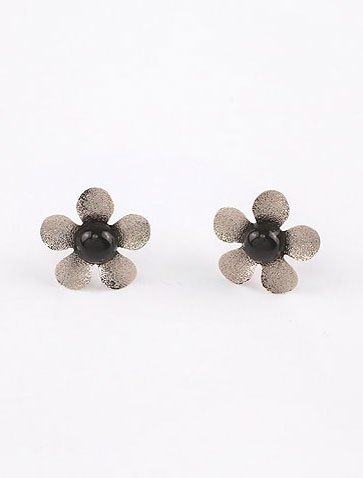 Flower alloy resin ear studs