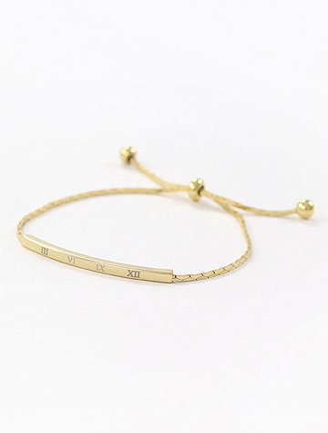 Adjustable alloy bracelet