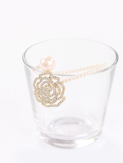 Flower Faux-pearl Bangle