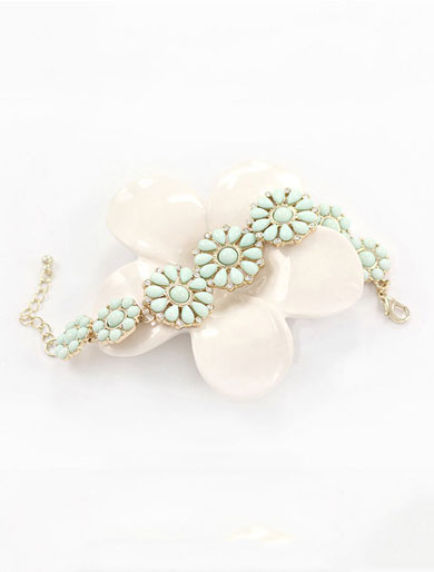 Flower faux-diamond bracelet