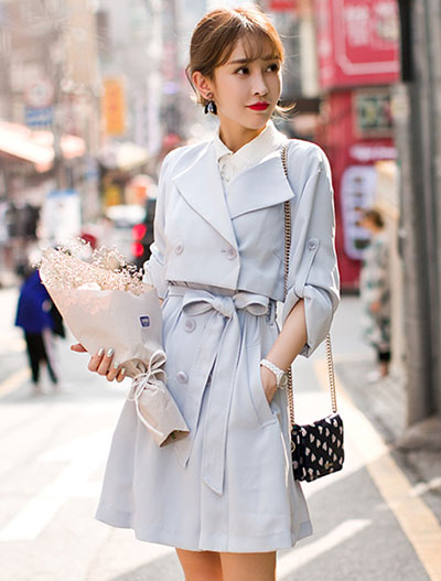 Detachable belted trench coat