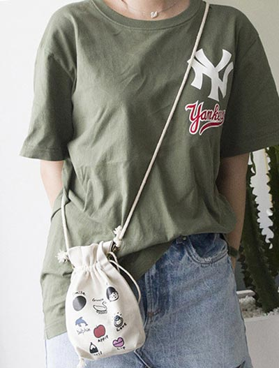 Printed canvas shoulder bag