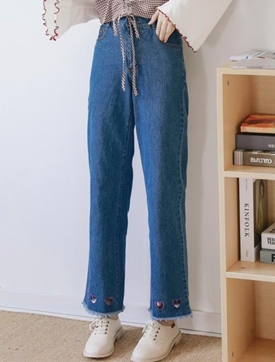 High rise wide-leg heart embroidered jeans