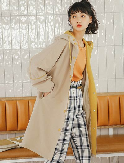 Oversized printed trench coat