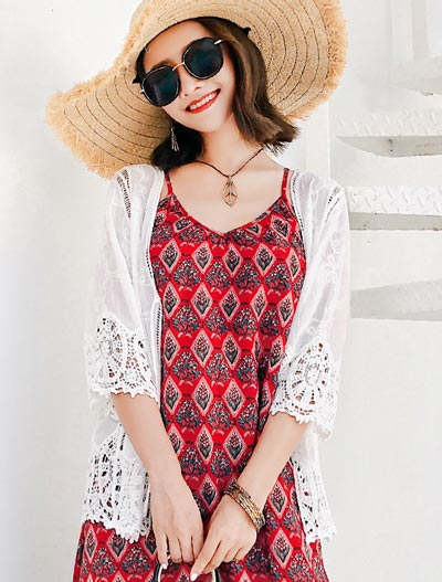 Lace-paneled beach summer outer