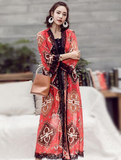 Lace-trimmed printed chiffon beach outer